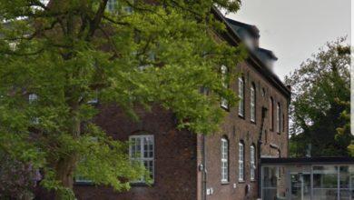صورة إغلاق المركز الصحي في Frederiksberg بسبب إصابات بفايروس كورونا